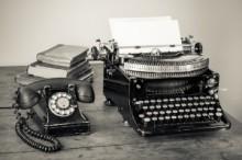 typewriter_vintage_shutterstock_126483725-300x200
