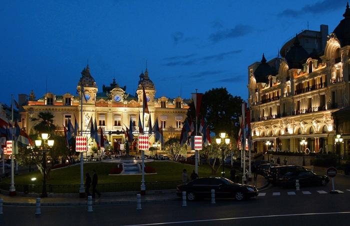Monte Carlo Casino [photo: literary007.com]