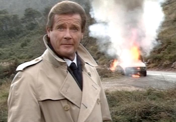 Bond Burberry Raincoat