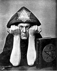 Aleister-Crowley-2
