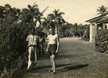 Ian Fleming with gardener Felix Barriffe