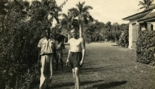 Ian Fleming with gardener Felix Barriffe