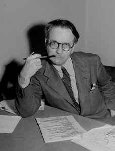 "Mystery novelist and screenwriter Raymond Chandler, shown in a 1946 portrait, created private eye Philip Marlowe in the novels ""The Big Sleep,"" ""Farewell My Lovely,"" and ""The Long Goodbye.""  His screenplays included ""Double Indemnity,"" ""The Blue Dahlia,"" and  ""Strangers on a Train.""  (AP Photo)"