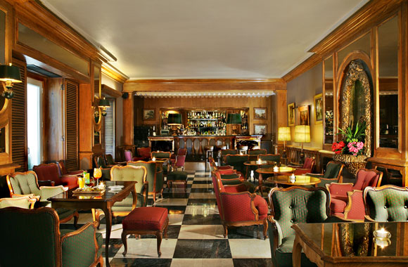 The Spy Bar | Photo: The Palacio Hotel