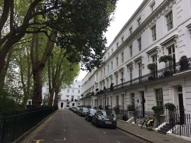 Wellington Square - No. 30 is just before portico.