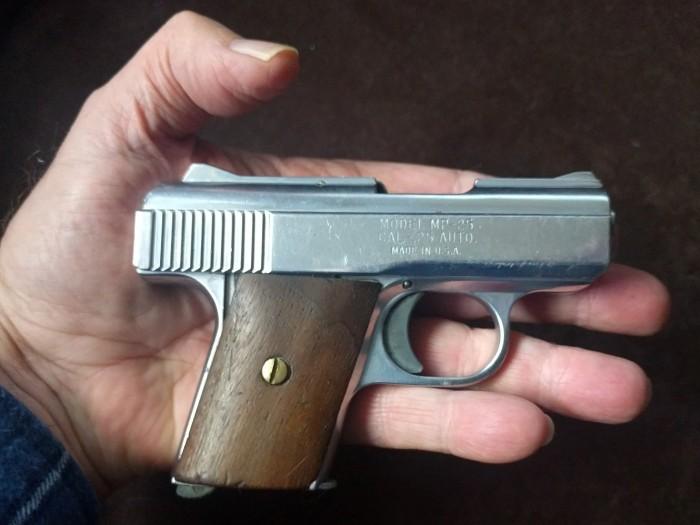 .25 ACP Raven MP-25 pistol